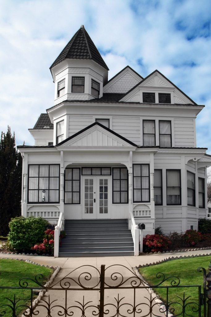 beautiful victorian house